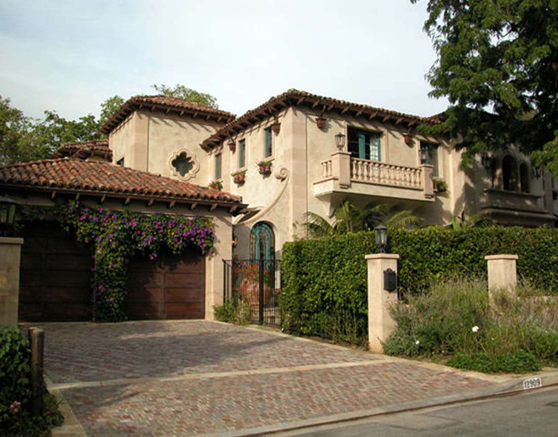 Tuscan Style Brentwood Estate